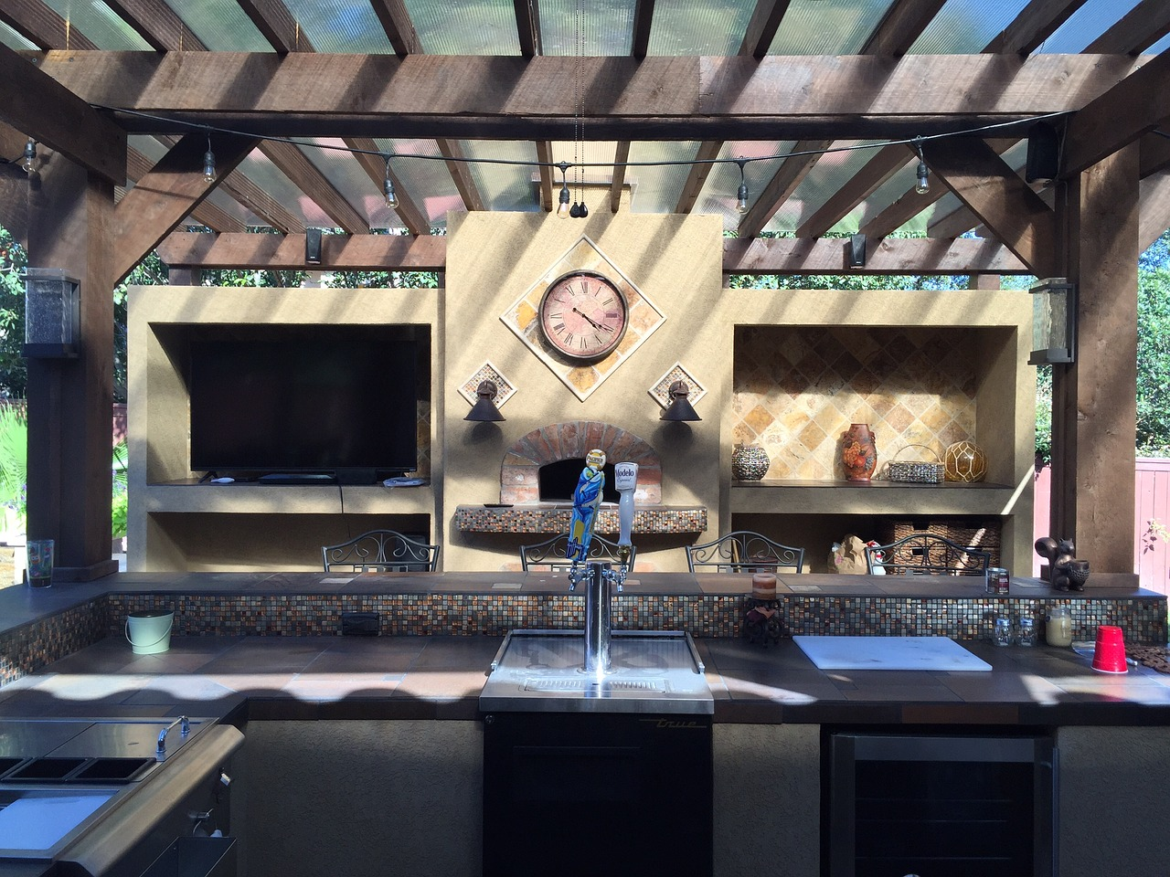 Comment bien aménager sa cuisine d'été?