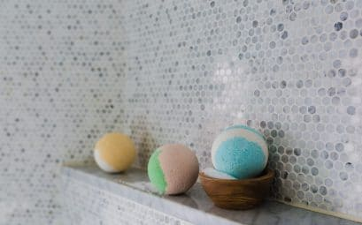 Comment peindre le carrelage de salle de bain?