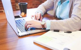 Comment aménager son espace de travail à domicile?
